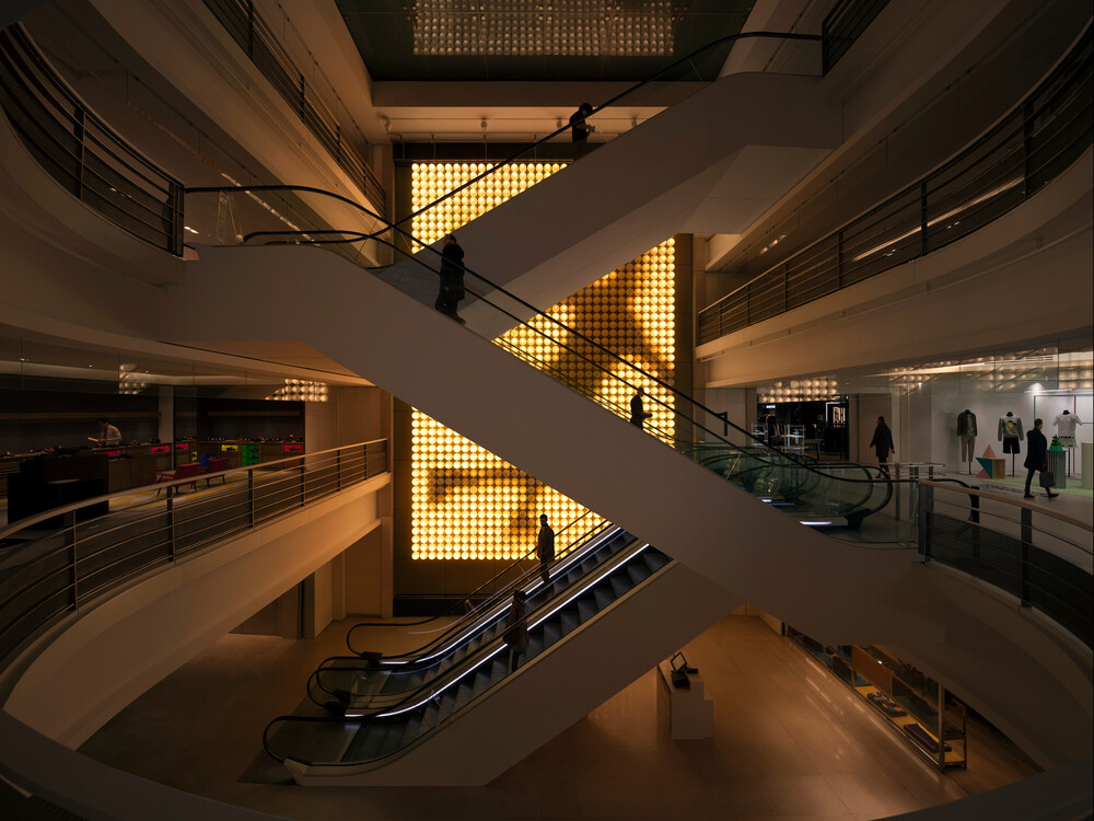 Light Machine - © Galerie des Galeries